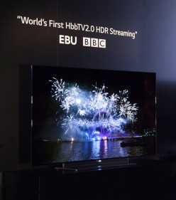 LG ANNUNCIA ACCORDI CON EMITTENTI E CONTENT PROVIDER PER TRASMETTERE CONTENUTI HDR SUI TV OLED 4K